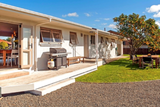 Whiti Harbour Haven, Catherine Crescent, Whitianga (Bachcare) From $200.00 - $310.00 per night