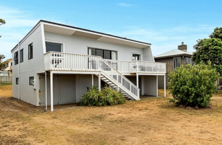 Waihi Bliss,  Broadway Road, Waihi Beach (Bachcare) From $145-$385 per night