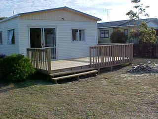 Ollaberry (Bachcare): Mangawhai Heads: minimum 2 night stay
