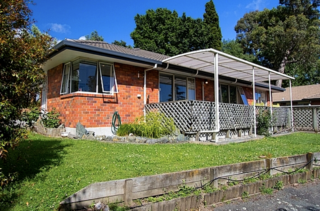 Bishopdale Brickhouse, Bishopdale Ave, Nelson (Bachcare) From $155.00 - $250.00 per night
