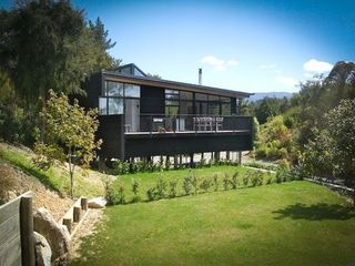 Short Black (Bachcare) Kaiteriteri-Sandy Bay Road, Kaiteriteri, Able Tasman National Park: From $200.00 - $355.00 per night