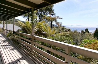 Lake Cottage, Hauraki Terrace, Pukawa Bay, Lake Taupo (Bachcare) From $170.00 to $240.00 per night