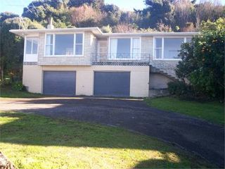 Wainui Magic, Okitu, Wainui #1279: From $86.00 per night