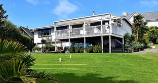 The Harbour House, Harbour View Road, Leigh, Matakana (Bachcare)