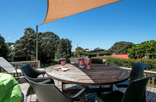 Beach Serene, Hinemoa Road, Waihi Beach (Bachcare) #1430 From $170.00 - $295.00 per night