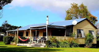 Tranquil Titoki , Titoki Place, Matarangi (Bachcare) From $175..00 - $305.00 per night