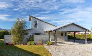 Southern Escape (Bachcare) Frye Street, Wanaka: From $170.00 - $255.00 per night
