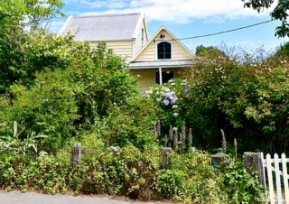 Banksia Cottage (Bachcare) Rue Balguerie, Akaroa, Banks Peninsula: From $255.00 - $280.00 per night