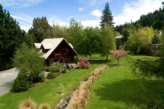Squirrel Lake Log Cabin (Bachcare) Chalet Crescent, Hanmer Springs: From $175.00 - $240.00 per night