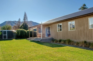 Hepburn Haven, Hepburn Lane, Hanmer Springs (Bachcare) From $220.00-275.00 per night